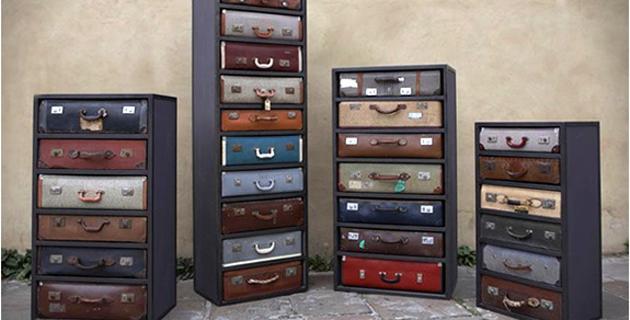 Komoda z szufladami z walizek, co zrobić ze starą walizką, jak wykorzystać starą walizkę, Pomysł na starą walizkę, drugie życie rzeczy, ekomeble, vintage, szafka z walizki