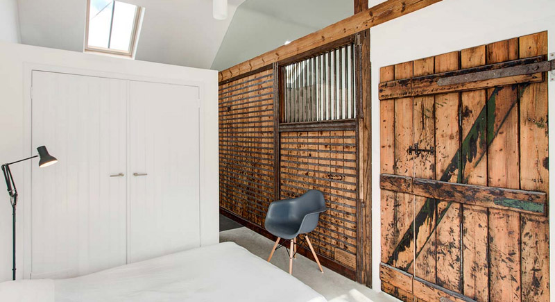 Stable interiors 8