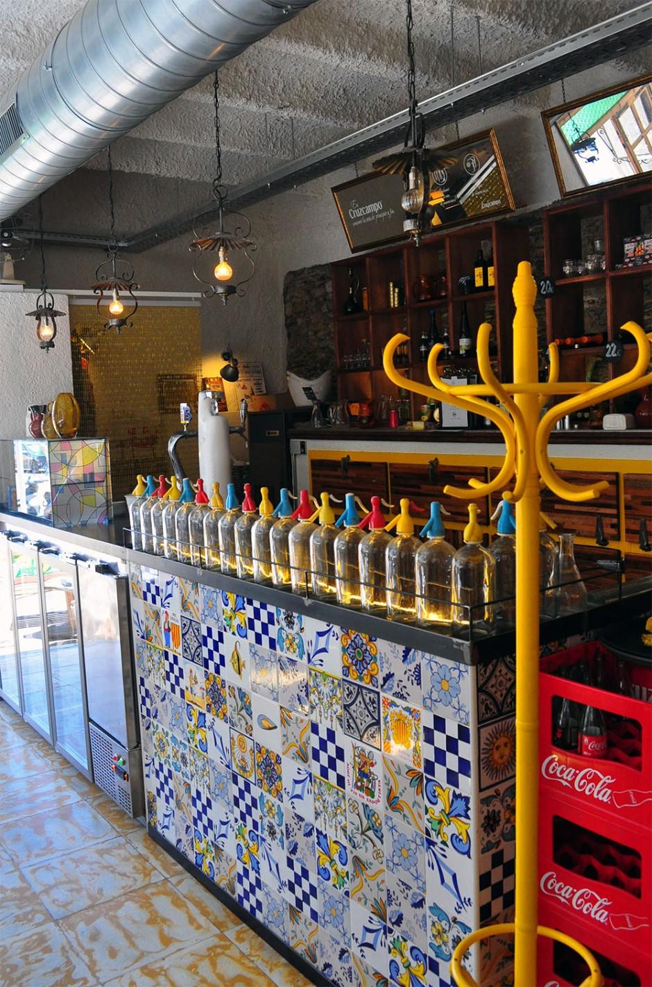 Lolo Bar (1)