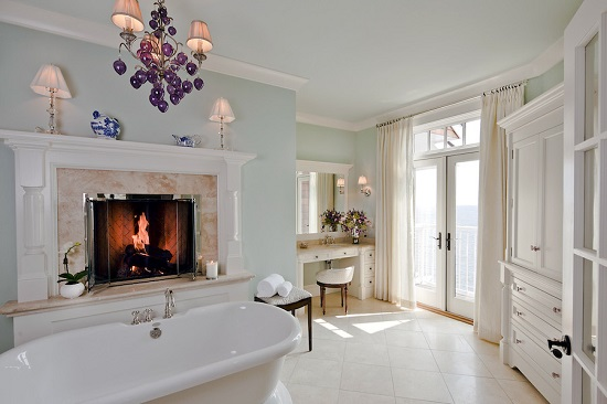 Bathroom with fireplace 4